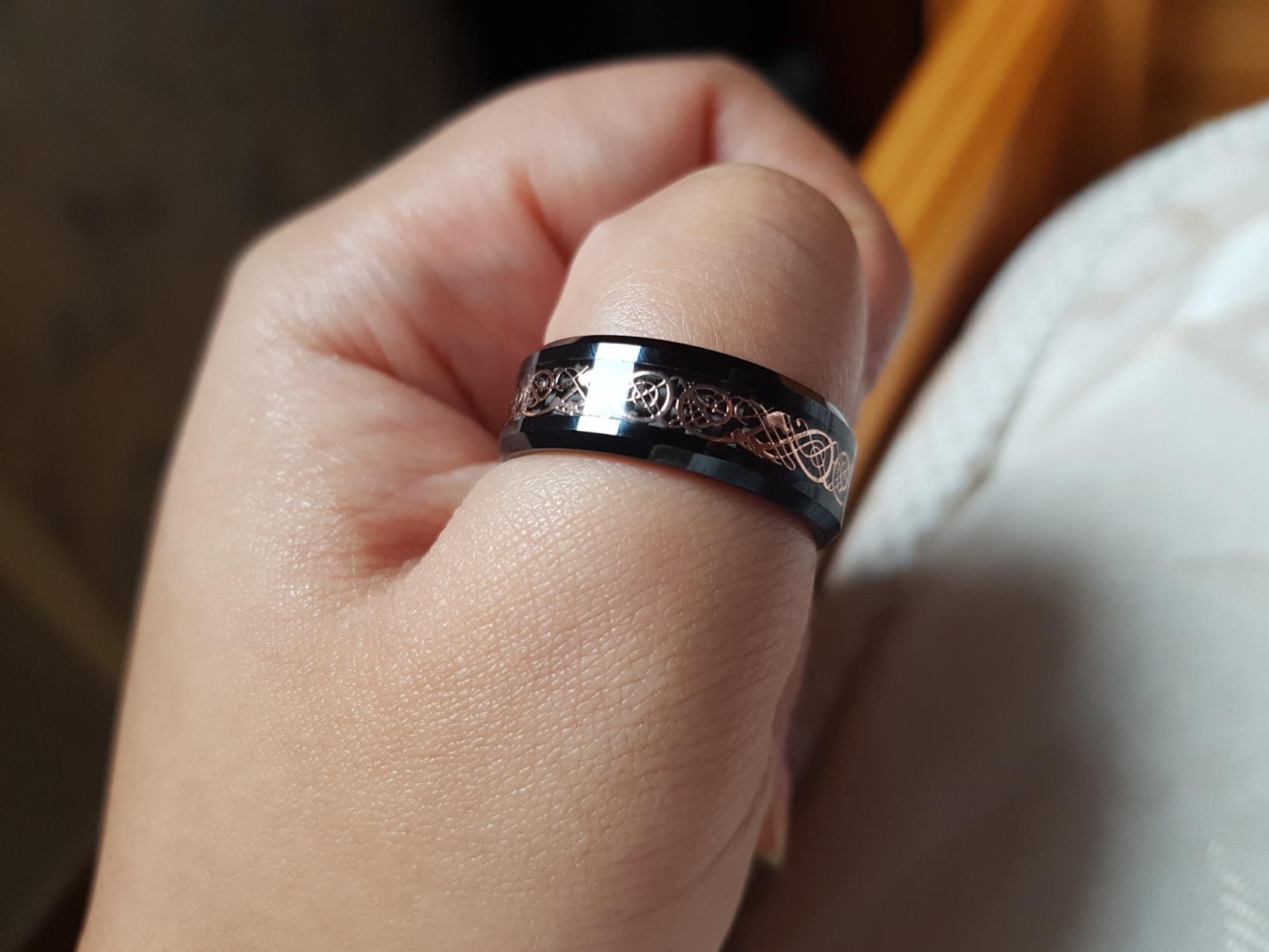 Bague anneau homme carbure de tunsgtene noir et or filigrane
