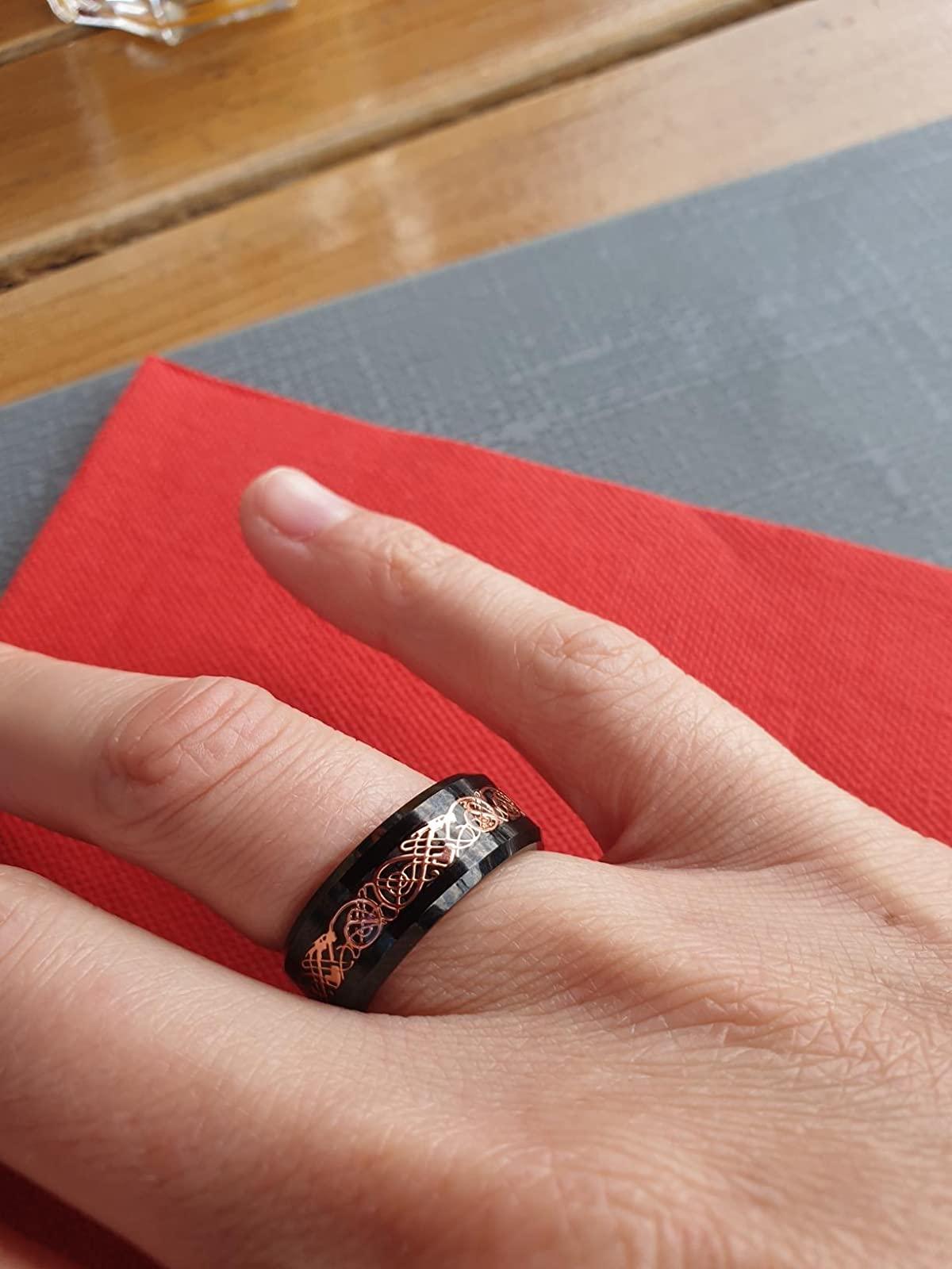 Anneau carbure de tungstene design tendance couleur or avec motif celtiques