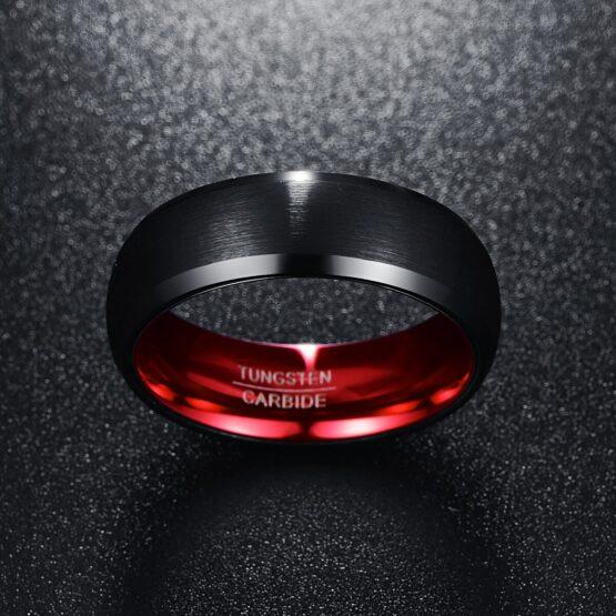 Anneau bijoux bague homme couleur noire et rouge en carbure de tungstene aspect carbone