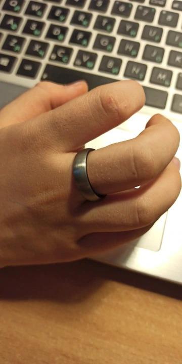 bague ou anneau carbure de tungstene couleur titane ou gris avec effet brossé